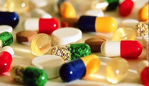 Nguy hiểm tính mạng nếu tự ý kết hợp thảo dược với thuốc kê đơn