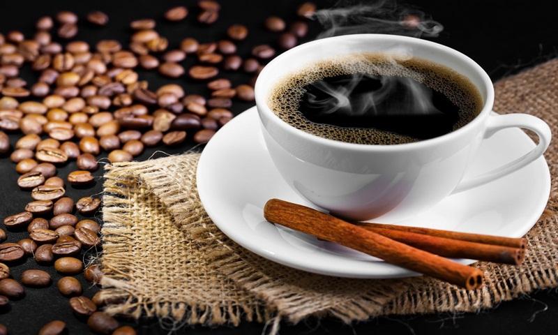 Không nên sử dụng Cafe và các đồ uống chứa cafein vào buổi sáng
