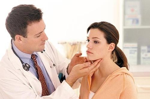 Dấu hiệu nhận biết các loại ung thư đầu cổ