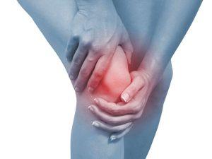 Điều trị thoái hóa khớp gối sai cách có thể gây tàn phế